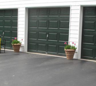 Tarmac driveway surface material