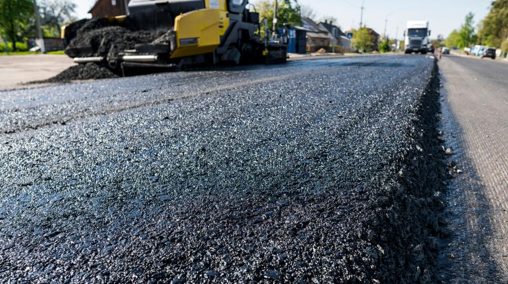 new driveway costs asphalt